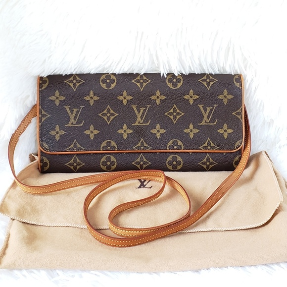 bd7d2d92a551 Louis Vuitton Handbags - 100% Auth Louis Vuitton POCHETTE TWIN GM